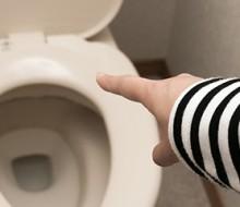 トイレがつまった時の対処法とラバーカップ(スッポン)使用方法