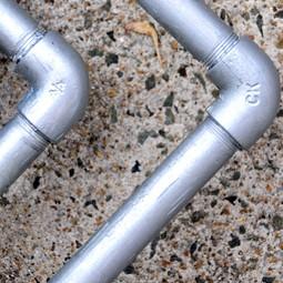 意外と詰まりやすい、水道管のトラブル
