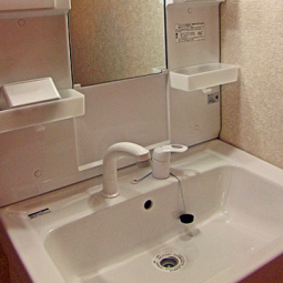 洗面化粧台に使用されている材質と、よくあるトラブル