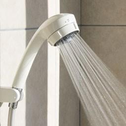 故障せずとも浴室シャワーヘッドには交換の価値アリ!?