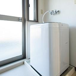 洗濯機からの水漏れトラブルと解決策