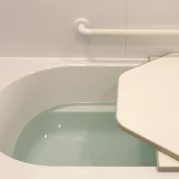 一晩バスタブのお湯を残す場合は、要注意
